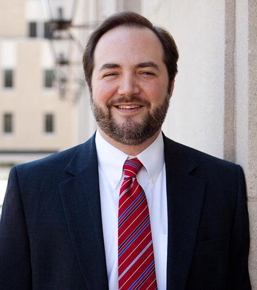 professional headshot image for attorney john fox
